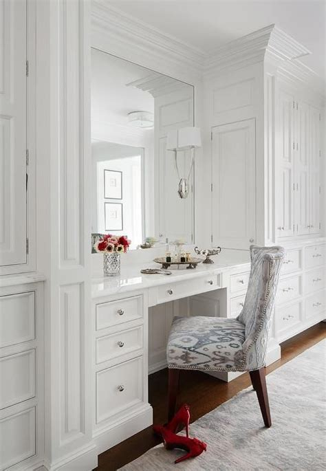 Vanity In Closet by 25 Best Ideas About Vanity In Closet On