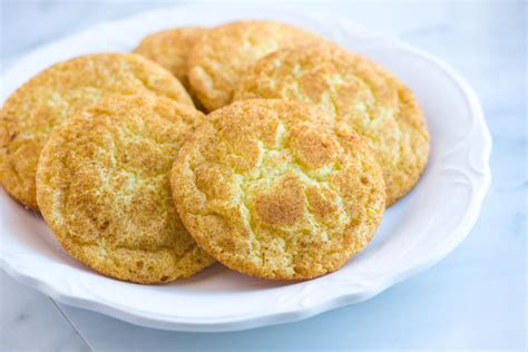 easy snickerdoodle cookies easy snickerdoodles recipe with soft chewy centers