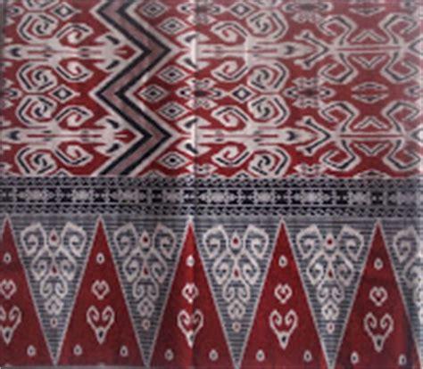 Baju Batik Iban ole ole sarawak sarung batik corak sarawak