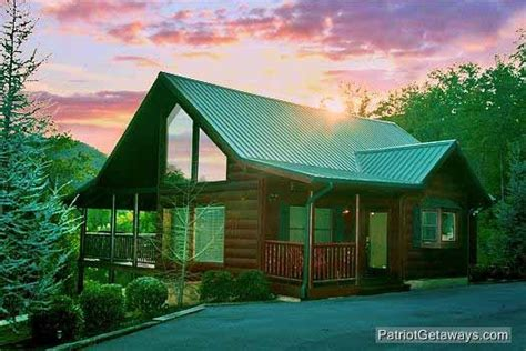 flying with a in cabin flying with eagles a pigeon forge cabin rental