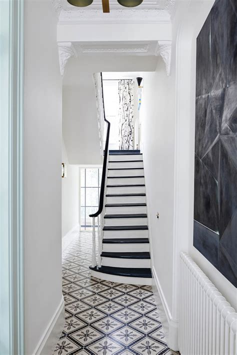 Townhouse Stairs Design Step Inside A Bold And Refined Notting Hill Townhouse 183 Savvy Home