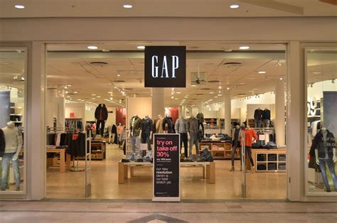 Shopping Alert Hardy For Gap by Gap To 175 American Stores Fox Ct