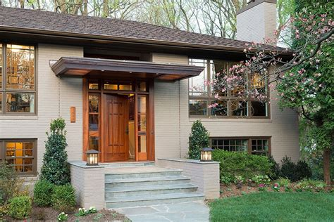 split entry a homely split level gets a serious facelift while the