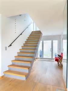 haus treppen treppen in massivholz echtholzfurniere oder eine