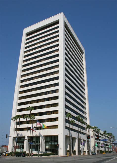 section 8 office in los angeles serviced offices to rent and lease at 11111 santa monica