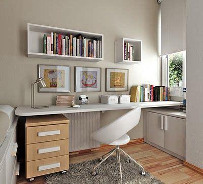 decoracion de baños pequeños elegantes 1000 ideas sobre peque 241 os espacios de oficina en