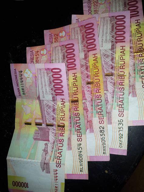 Gamis Syari 100ribuan help gan ada yang aneh di uang 100ribuan ane kaskus