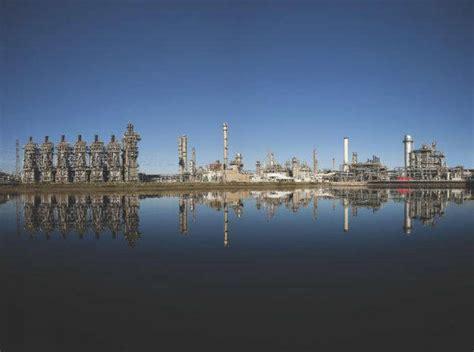 Exxon Mobile Mba Salary India by Exxon Mobil Shuts Baytown Refining Complex Houston