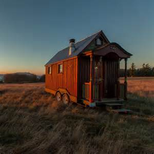tiny house nation episodes video schedule fyi network