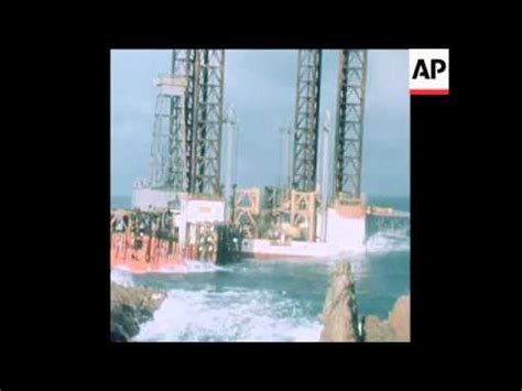 synd 27 2 78 the oil rig orion is salvaged in gurnsey
