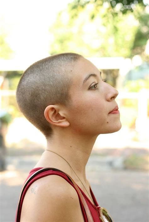 women getting hair buzzed and shaved 49 best images about girl buzzcuts on pinterest buzzed