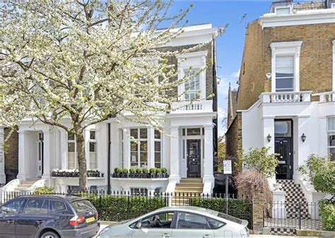 12 bedroom house for sale in london 4 bedroom house for sale in elm park road chelsea london