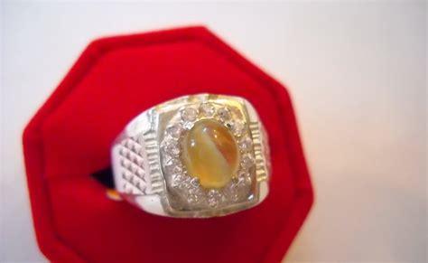 Cincin Emas Eye nazman enterprise koleksi cincin perak lelaki bertatahkan batu cat eye