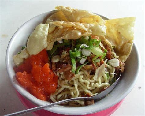 Pangsit Mie Mie Ayam peluang bisnis mie ayam pangsit dan analisa usahanya toko mesin maksindo toko mesin maksindo