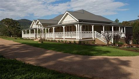 strongbuild home builders sydney and southern nsw
