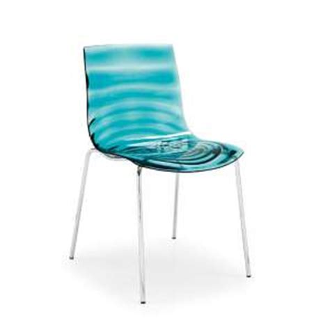 In A Chaise And Four chaise de cuisine 4 pieds