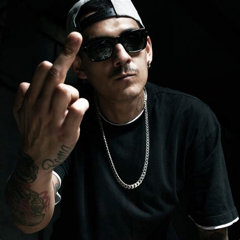 noyz narcos in the panchine noyz narcos verano lyrics genius lyrics