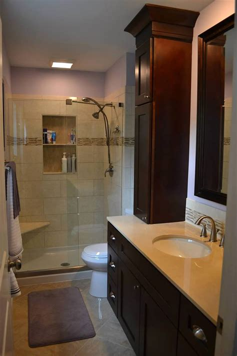 pictures of small master bathrooms small master bathroom remodel flood remodel pinterest