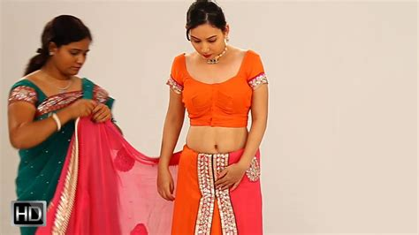 drape saree perfectly how to drape a saree perfectly in 2 mins to look slim