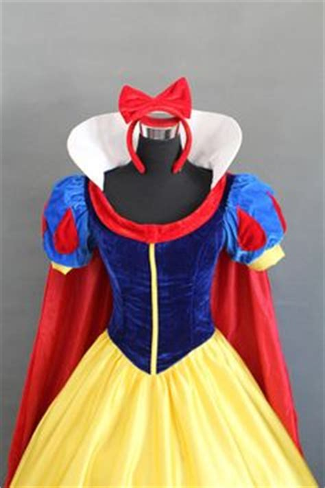 pattern for snow white collar 1000 images about cosplay on pinterest cartoon corpse