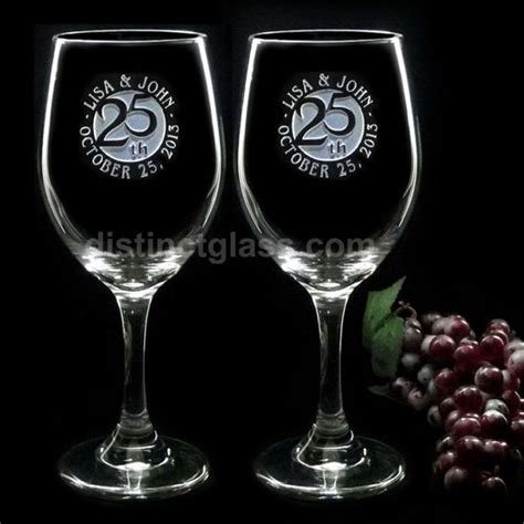 Wedding Gift Wine Glasses by 2 Etched Glass Wedding Anniversary Wine Glasses 5th 10th