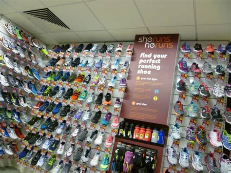 Nh Liquor Store Gift Card Balance - sports track shoe store 28 images girardi running store by forma arquitetura