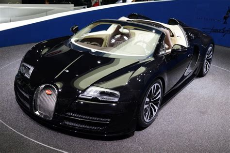 bugatti awards its dubai dealership with the title