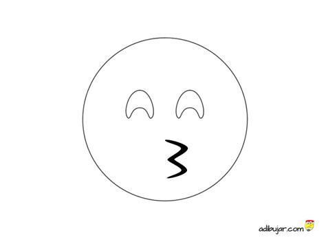 imagenes de emojis para dibujar emoji beso para colorear 800x600 adibujar com