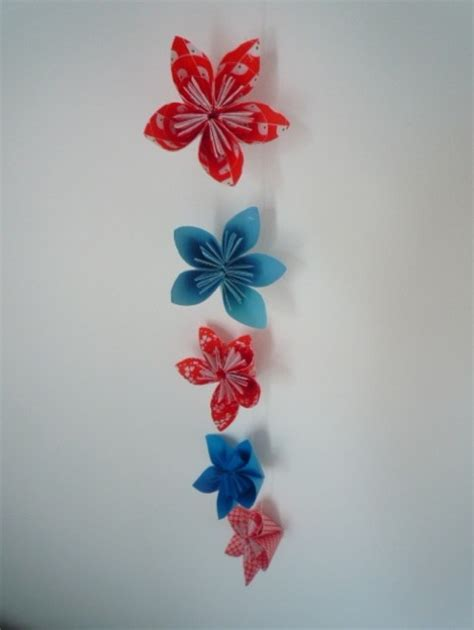 How To Make Paper Flower Garland - diy paper flower garland the beat that my skipped