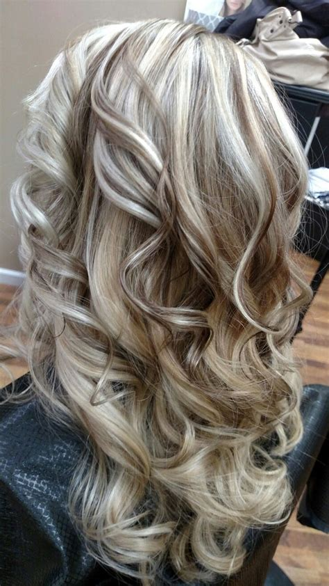 hair with highlights and lowlights the 25 best hair highlights and lowlights ideas on
