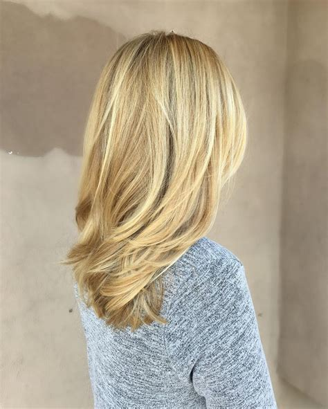 shoulder length layered longer in front hairstyle 25 best ideas about medium length blonde on pinterest