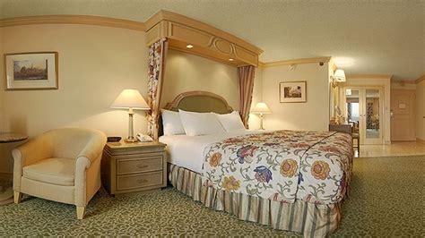 golden nugget room rates golden nugget hotel casino hotel deals reviews las vegas redtag ca