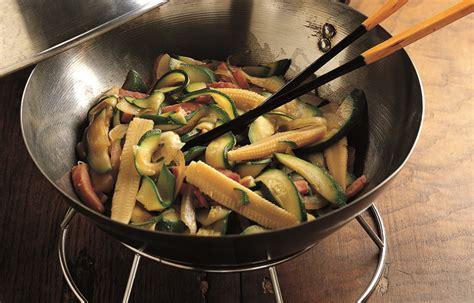 cucina wok ricette ricetta wok di verdure con prosciutto le ricette de la