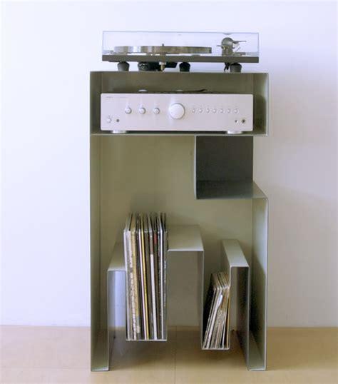 Beau Meuble Pour Platine Vinyle #2: gaelle-pinel-rangement-pour-platine-et-vinyle.jpg