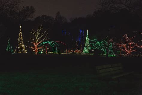 dominion garden of lights at norfolk botanical garden