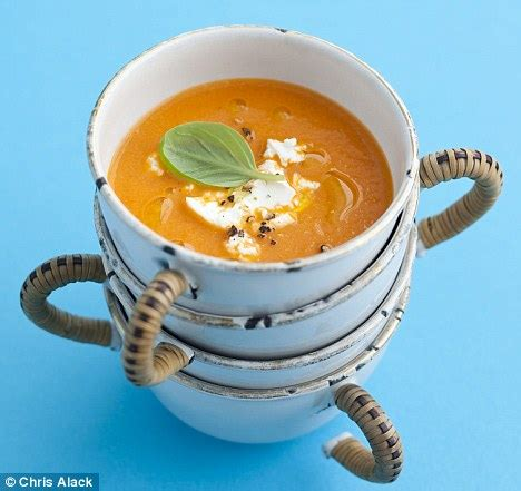 recipe: roast tomato soup with a hint of basil | daily
