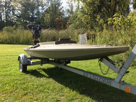 duck hunting layout boats for sale duck hunting sneakbox layout boat classifieds buy