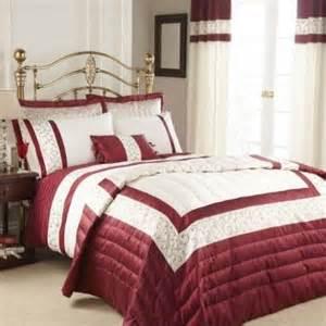 Super King Duvet Cover Size Super King Size Twistle Red Cream Embroidered Duvet Quilt