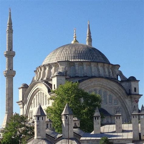ottoman mosque nuruosmaniye mosque the first of the european style