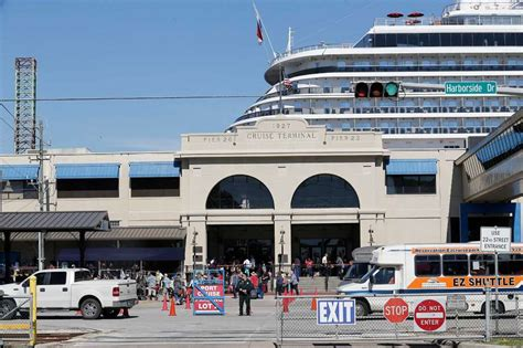 Galveston Car Rental Cruise Port by Galveston Showing Recently Expanded Cruise Terminal At Open House San Antonio Express News