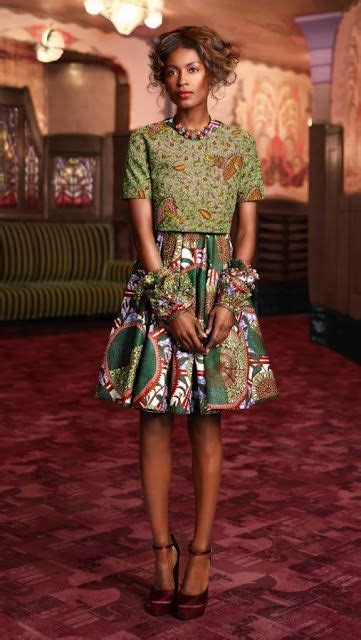 tenues africaines en tissu pagne le pagne tissu africain tenue africaine le wax afro