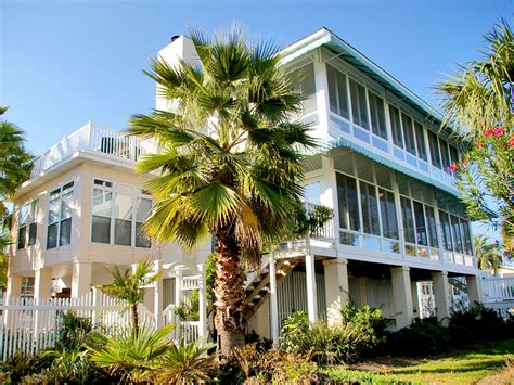 house rentals on tybee island large vacation homes on tybee island tybee vacation rentals
