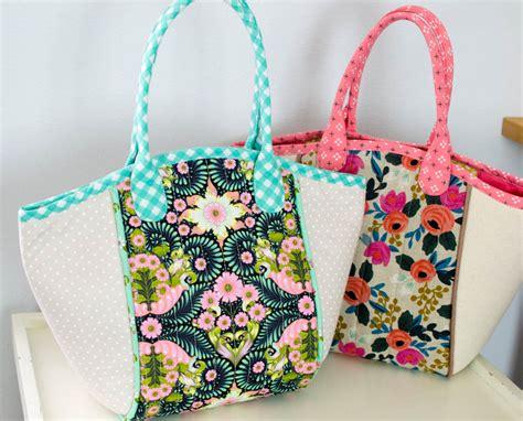 free pattern tote bag with zipper diy fabric basket tote free sewing pattern sewcanshe