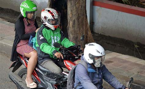 indonesias muslim women hail female  motorbike taxis