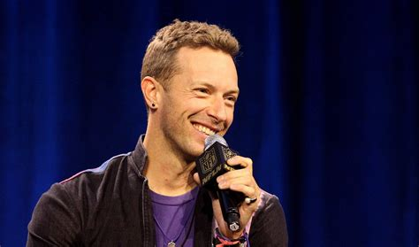 coldplay vocalist how old is chris martin the lead singer of coldplay