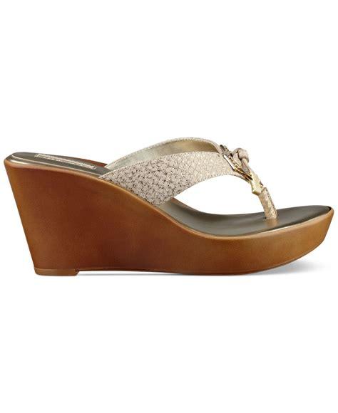 Sandal Platform Wedges Slop Gold lyst guess xandie platform wedge sandals in