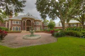 Buying A Beach House tampa country club mansion auction