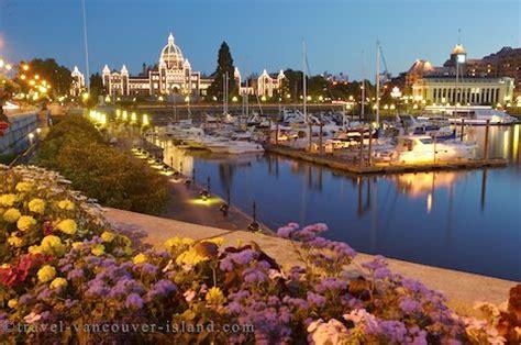 victoria waterfront vancouver island photo & travel idea