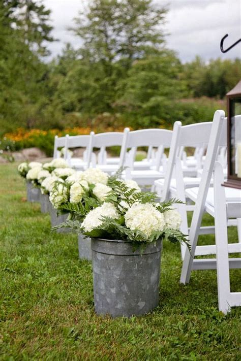 Wedding Aisle Outdoor by 1000 Ideas About Outdoor Wedding Aisles On