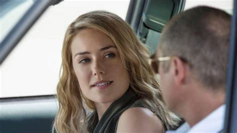 lizzy blacklist hair the blacklist s megan boone talks pregnancy and future